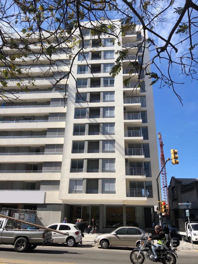 Foto Edificio en Montevideo   Avenida del Libertador y Nueva York             número 4