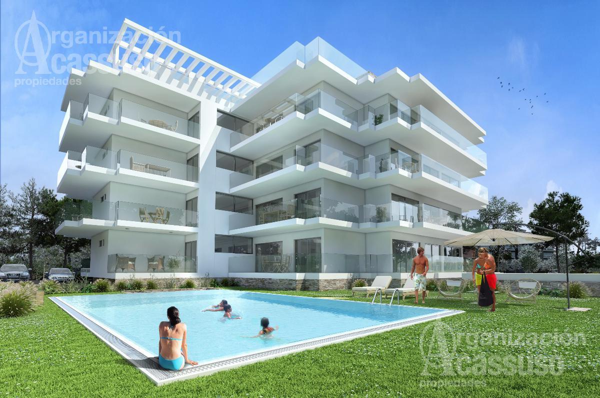 Foto Edificio en Playa Mansa Edificio Sophia Playa Mansa P18 Av Jose Terradel número 2