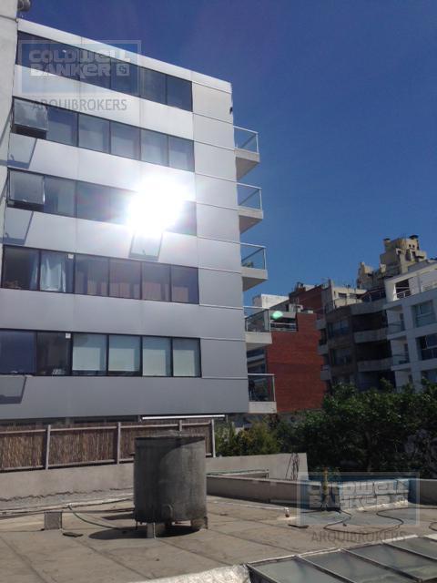 Foto Edificio en Punta Carretas             Montero y Rambla           número 2