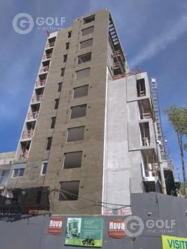 Foto Edificio en Palermo A metros de la Rambla. número 12