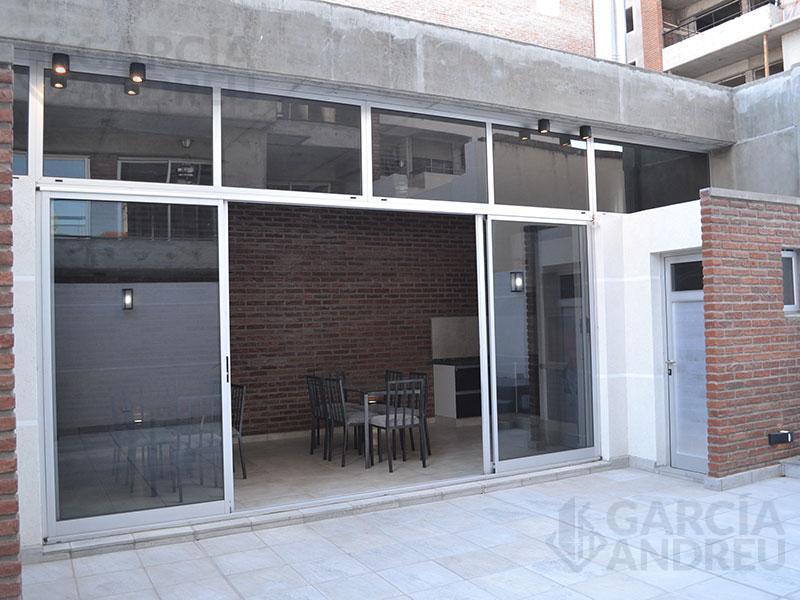 Foto Edificio en Centro Norte Italia al 100 número 13