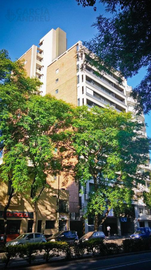 Foto Edificio en Martin Av Pellegrini 300 número 1