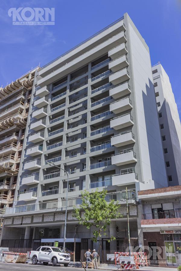 Foto Edificio en Boedo Av. Independencia entre Treinta y Tres Orientales y José Mármol numero 2