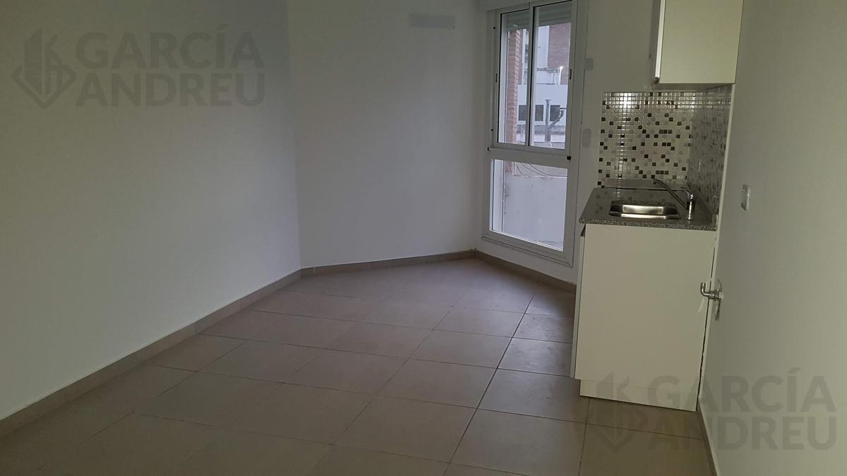 Foto Edificio en Microcentro Mitre 1100 número 8
