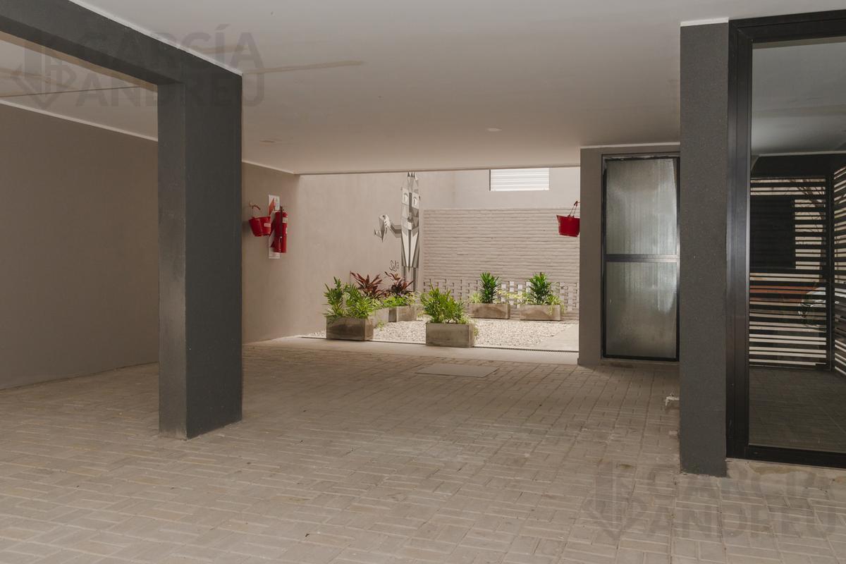Foto Edificio en Echesortu Castellanos 400 número 8