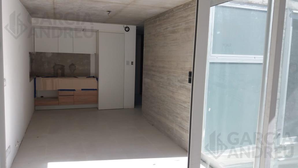 Foto Edificio en República de la Sexta Laprida 2200 número 4