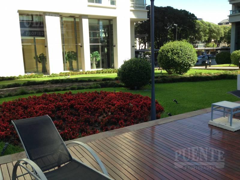 Foto Edificio en Puerto Madero Azucena Villaflor 450 y 550 número 3