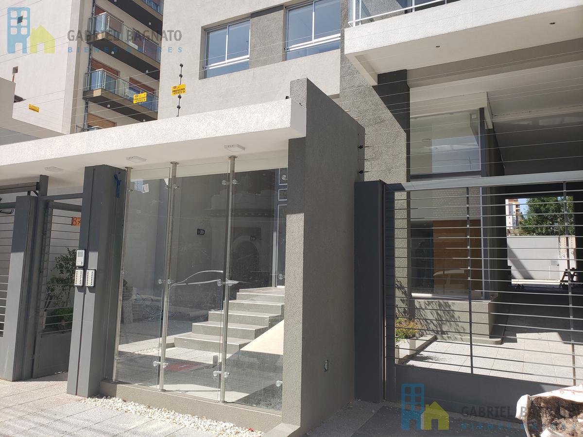 Foto Edificio en Quilmes San Martín 870 número 4