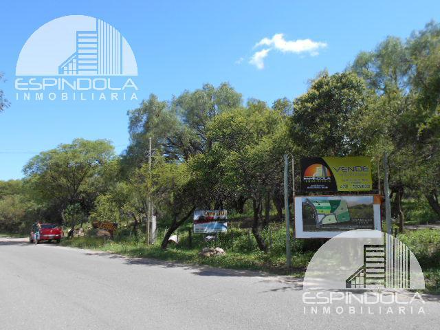 Foto Barrio Abierto en Piedra Blanca Arriba Dos Venados 2900 número 1