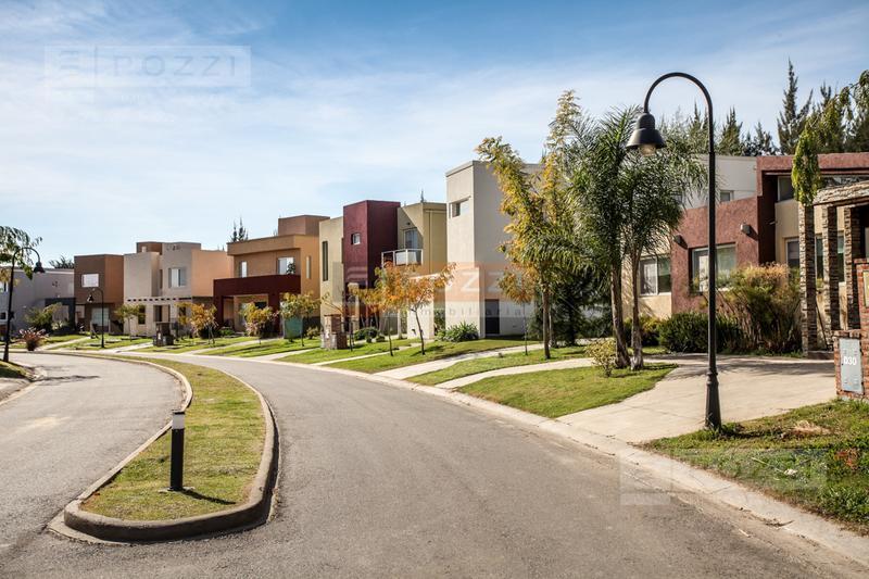 Foto Barrio Privado en Barrancas de Santa Maria Av. De los Constituyentes 2300 número 3