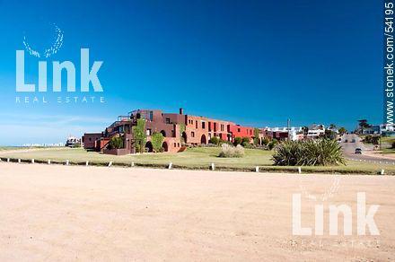 Foto Edificio en Manantiales Uruguay Link  número 4