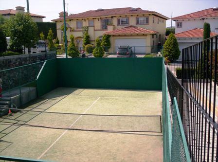Foto Casa en Venta | Renta en  Los Robles,  Lerma  Los Robles, Lerma  Casa Estilo Villarica en Renta