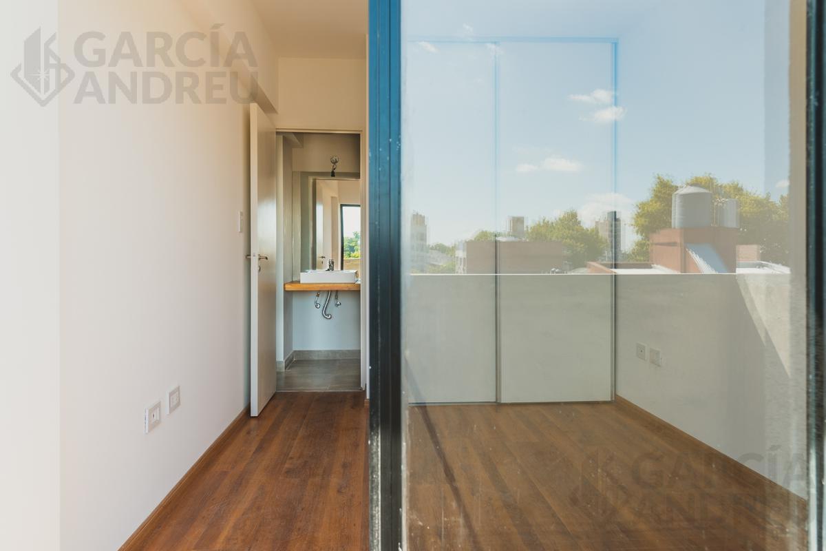 Foto Edificio en Macrocentro Urquiza 2800 número 11