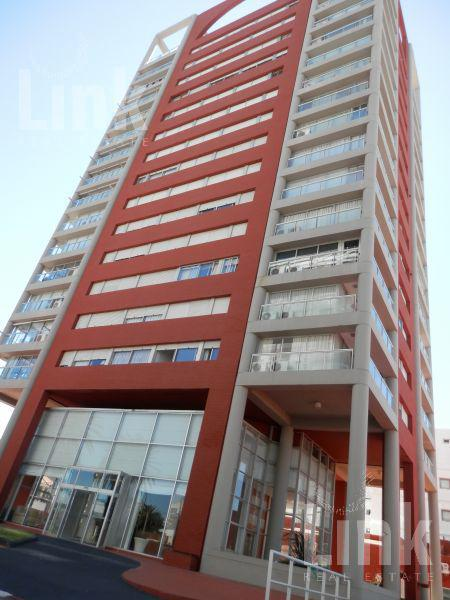 Foto Edificio en Península Gorlero y Obenque número 1