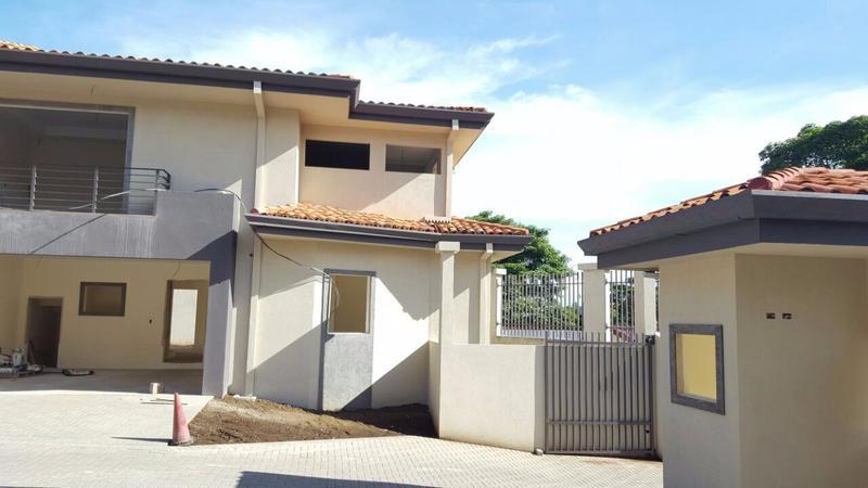 Foto Barrio Privado en Piedades Hacienda Paraiso carretera  a Piedades de Santa Ana  número 4