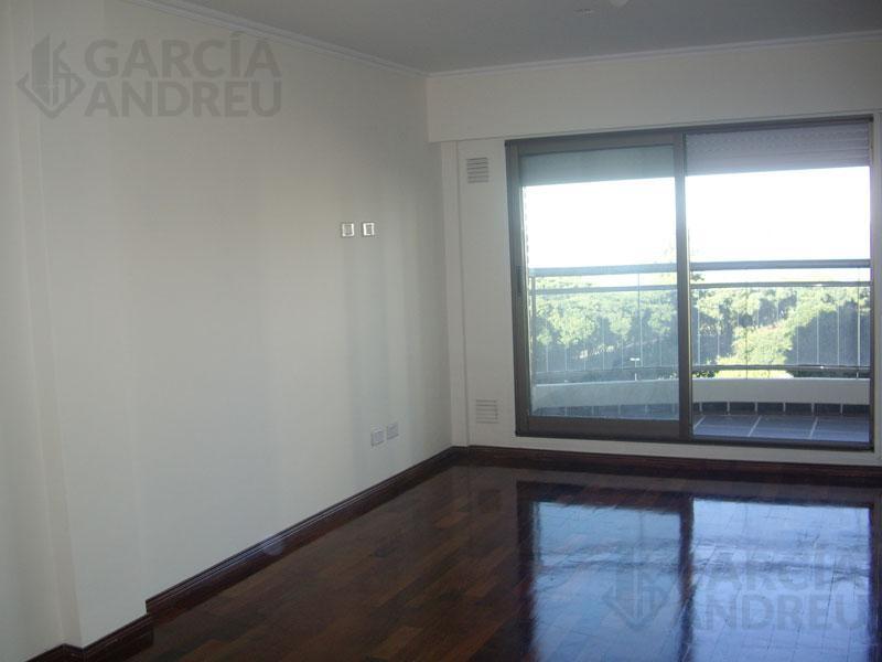Foto Edificio en Martin Ayacucho al 1100 número 19
