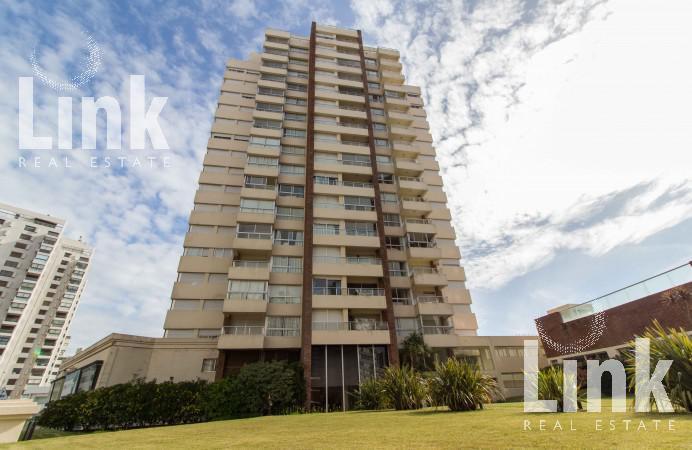 Foto Edificio en Playa Brava Parada 2 Brava número 12