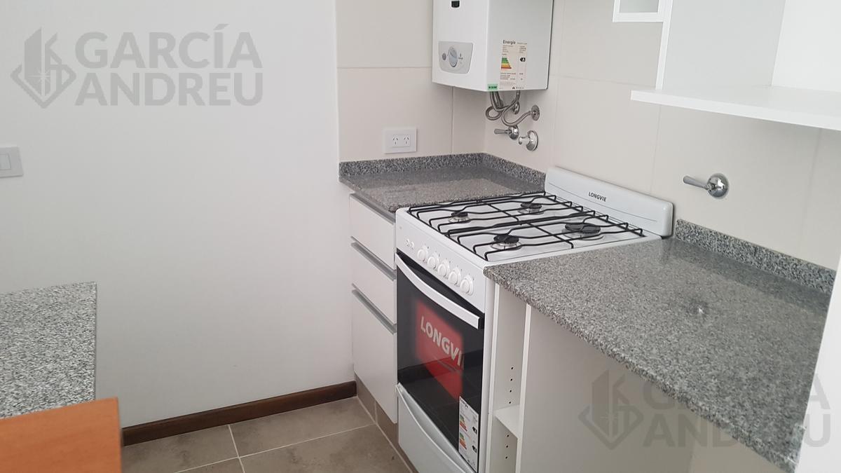 Foto Edificio en Macrocentro Av Pellegrini 2600 número 8