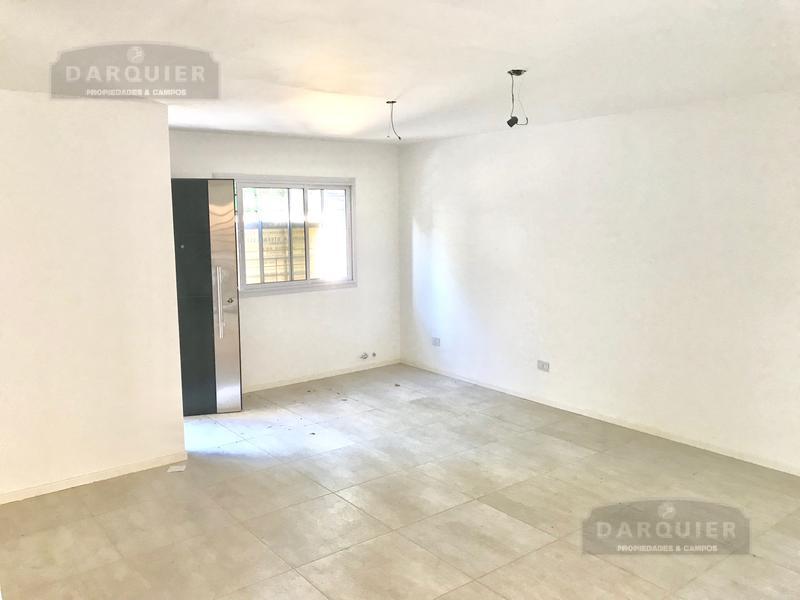 Foto Condominio en Adrogue Ramirez esquina C Py número 10