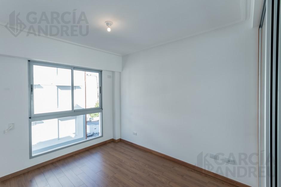 Foto Edificio en Microcentro Paraguay al 1500 número 8