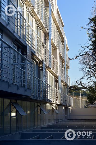 Foto Edificio en Parque Batlle Sobre calle tranquila , a metros del  parque  número 2