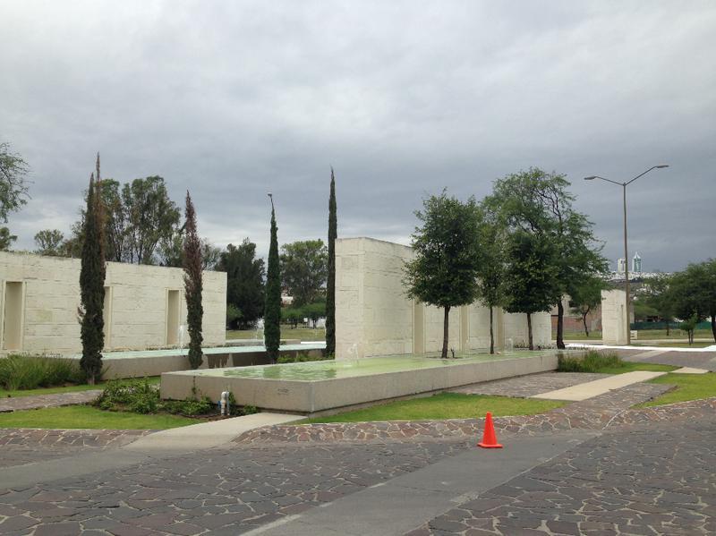 Foto Edificio en León Camino a comanja número 4