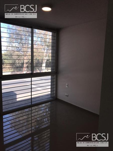 Foto Barrio Privado en Rivadavia Av. Ignacio de la Roza y R. Calivar número 61