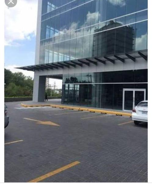 Foto Oficina en Venta en  Country Club,  Guadalajara  Oficina Venta Corp Country Club N12-UP5 $8,670,452 Rubrod E1