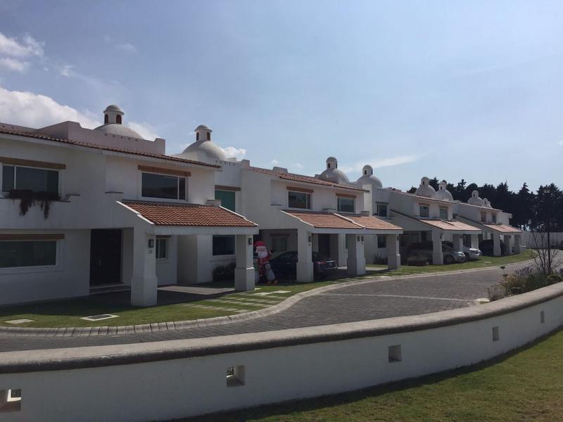 Foto Casa en Renta en  Amomolulco,  Lerma  Residencial Marbella Casa en Renta