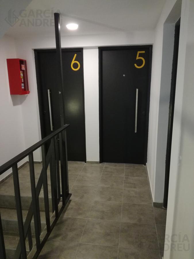 Foto Edificio en Macrocentro Urquiza al 2800 número 8