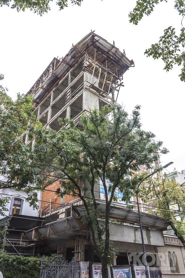Foto Edificio en Belgrano Mendoza al 3000 entra Zapiola y Conesa numero 18