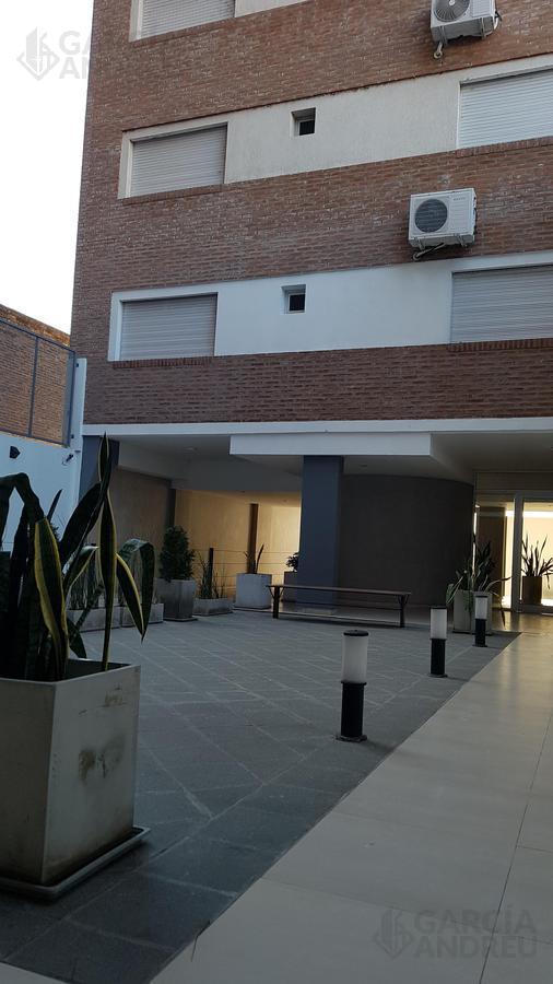 Foto Edificio en Centro Sur Pte Roca 1400 número 3
