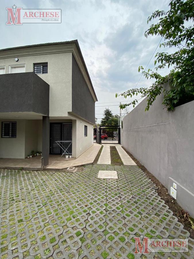 Foto Condominio en Castelar Norte Italia 2341 número 4