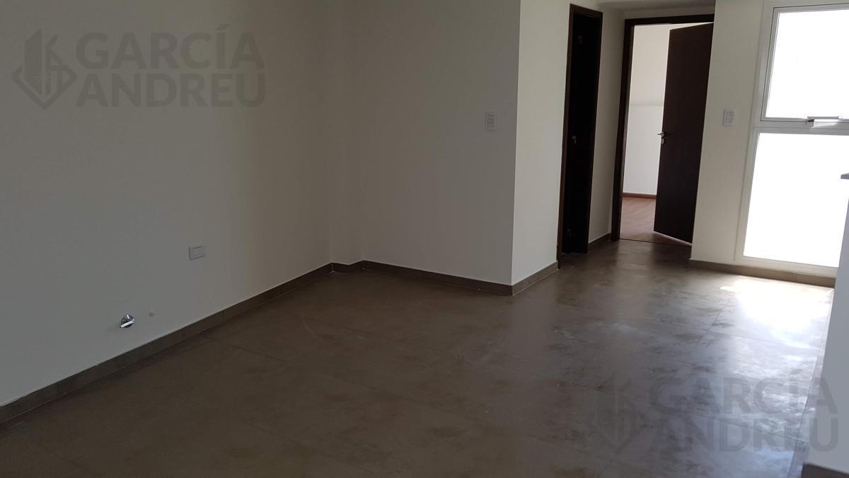 Foto Cochera en Venta en  Macrocentro,  Rosario  Pueyrredon 1000
