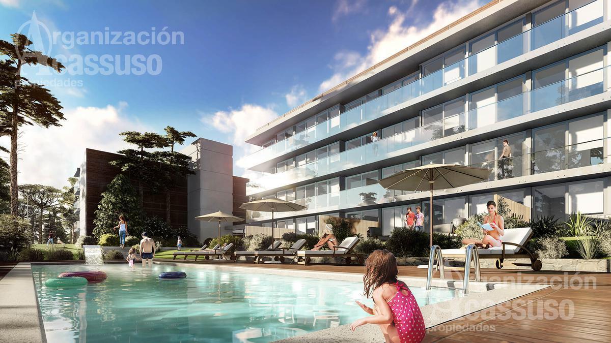 Foto Edificio en Playa Mansa Calle Domingo Hermedia Playa Mansa número 3