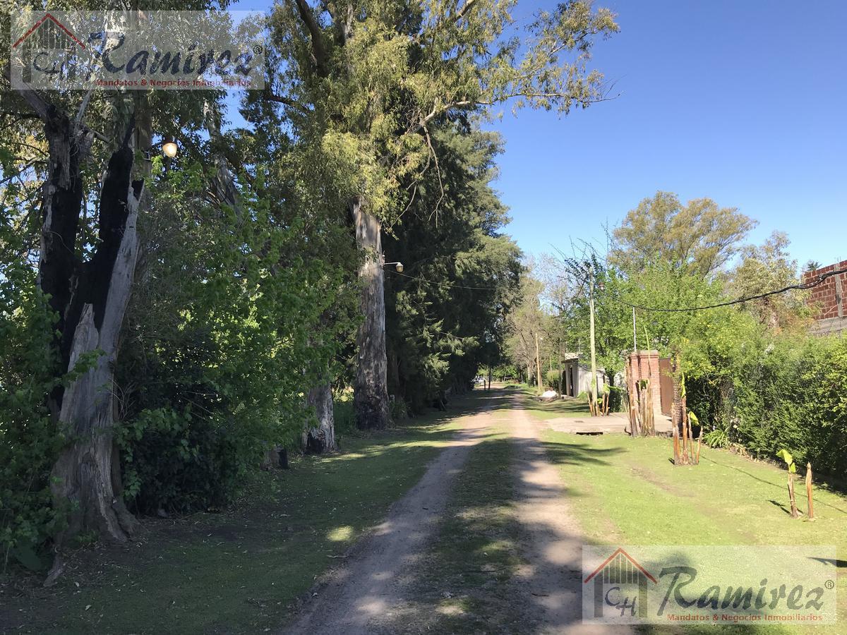 Foto  en La Reja         Jose Maria de Pereda 3050
