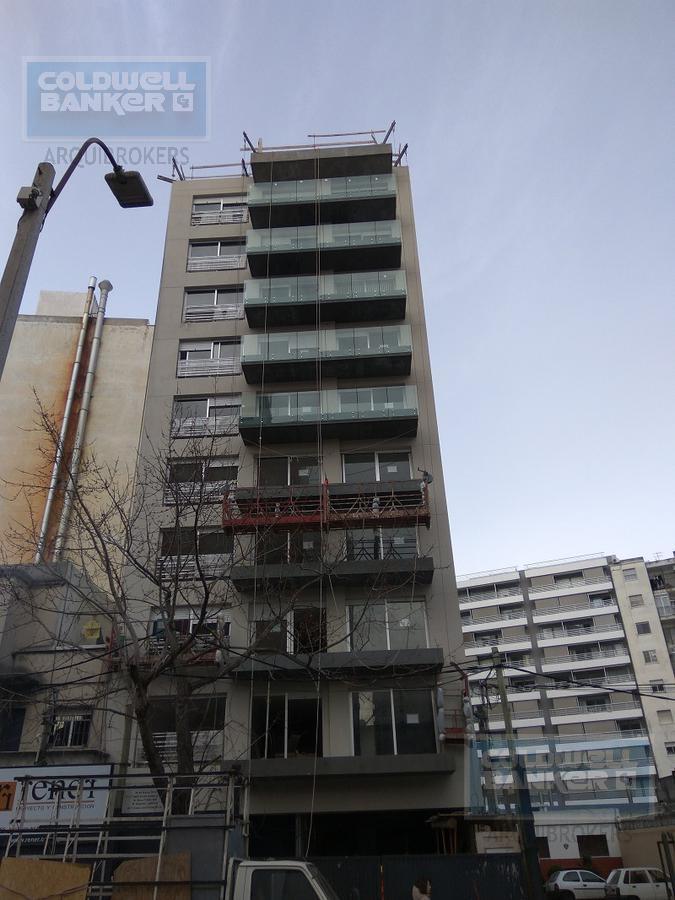 Foto  en Pocitos             26 de marzo y Buxareo