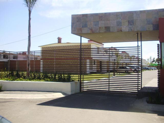 Foto Casa en Venta en  Juárez (Los Chirinos),  Ocoyoacac  Se Vende Casa Tipo Olivo en Bosque de los Encinos, Lerma