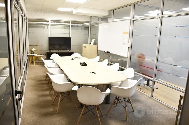 Foto  en Cordoba Capital Salas de reuniones y Puestos de Trabajo - Temporal - 4 Edificios