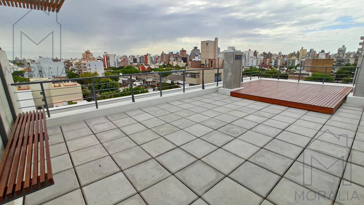 Foto Cochera en Venta en  República de la Sexta,  Rosario  1° de mayo 2100 - Cochera cerrito ingreso