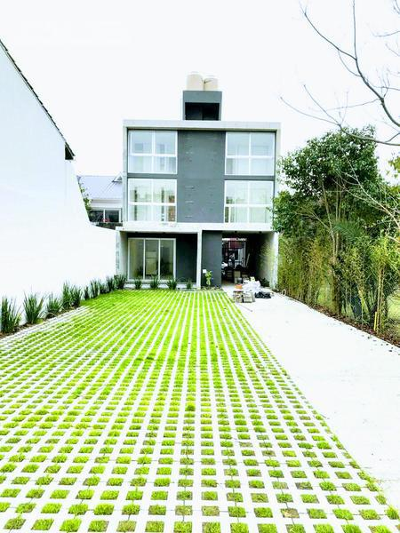 Foto Edificio en Castelar Norte Arredondo 2400 número 4