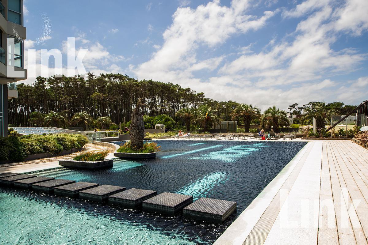 Foto Edificio en San Rafael Majestuosidad en el Balneario más exclusivo de Sudamérica número 11