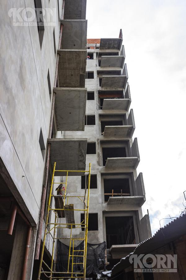 Foto Edificio en B.Santa Rita Tres Arroyos entre Helguera y Argerich numero 9
