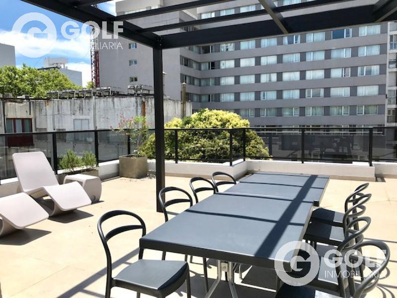 Foto Local en Venta en  Punta Carretas ,  Montevideo          Local comercial se vende con renta de USD 893