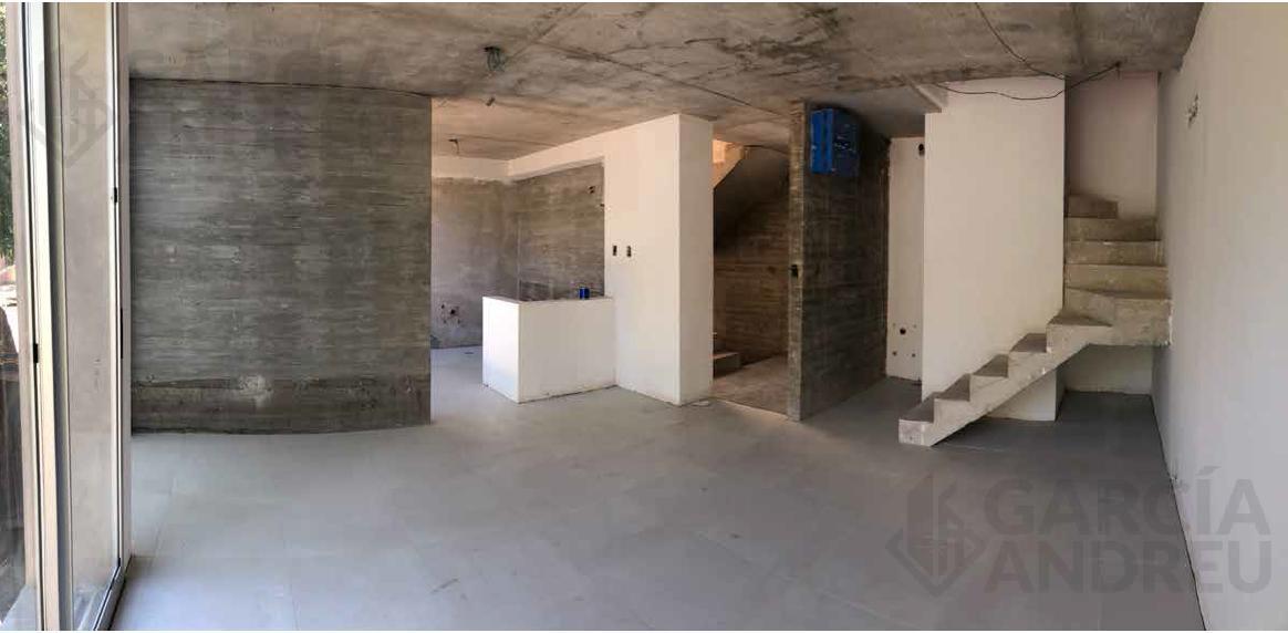 Foto Edificio en República de la Sexta Laprida 2200 número 9