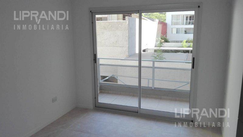 Foto Edificio en General Paz OVIDIO LAGOS 253 número 10