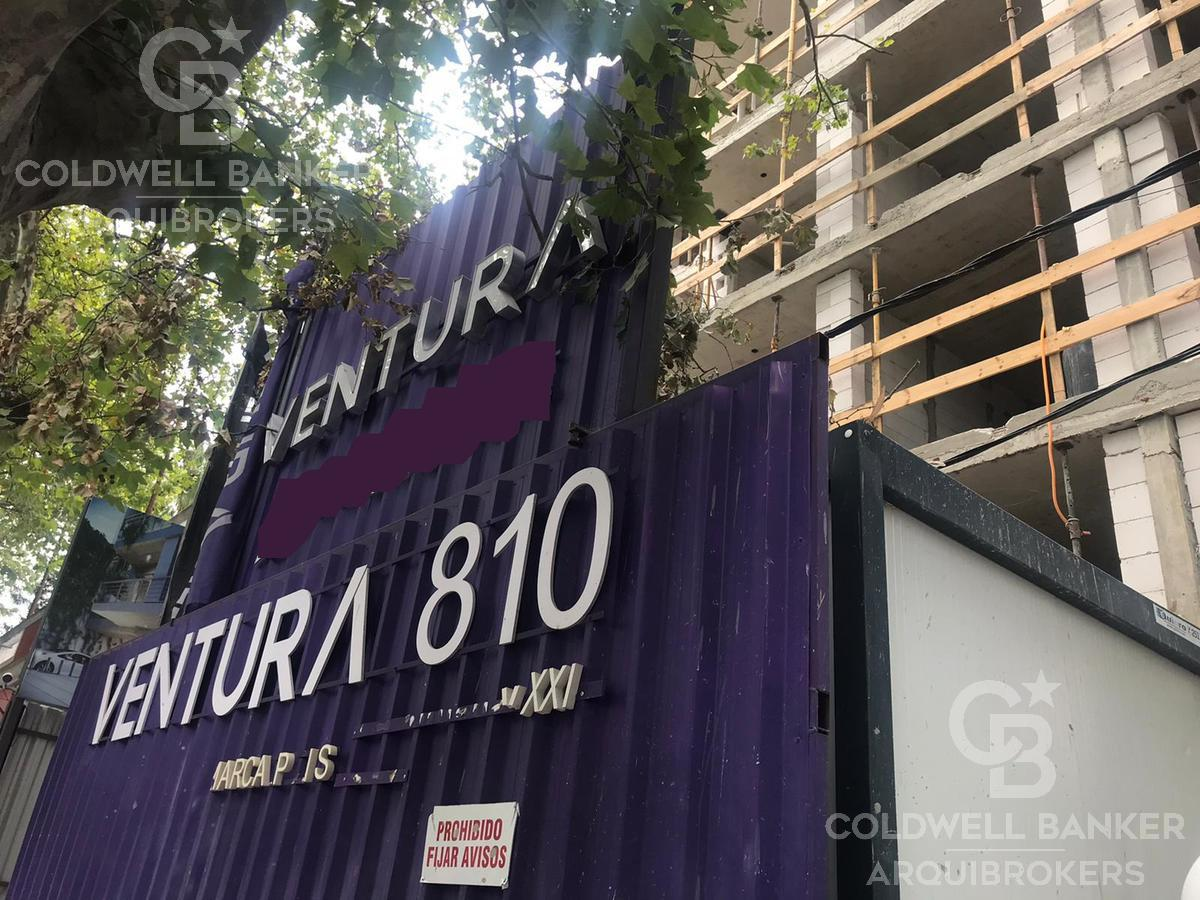 Foto Edificio en La Blanqueada 8 de Octubre  y Jaime Cibils número 1