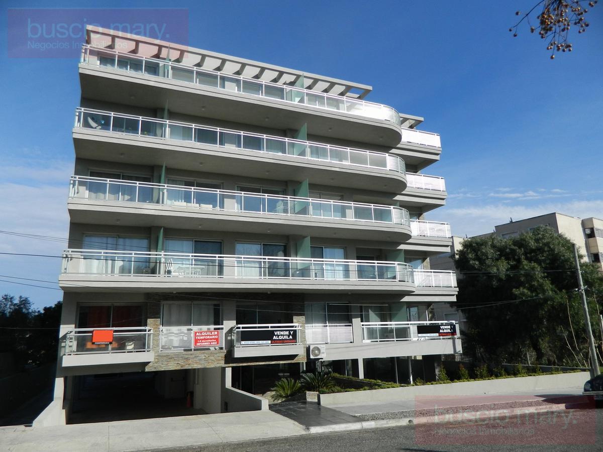 Foto Edificio en Colonia del Sacramento Eugenio Araus 32 número 2