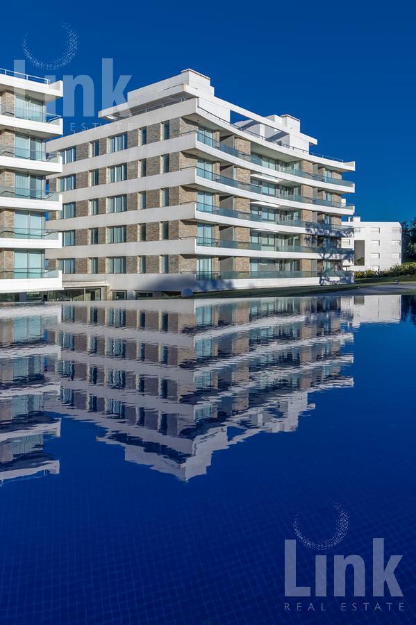 Foto Edificio en Playa Mansa Parada 28 número 12