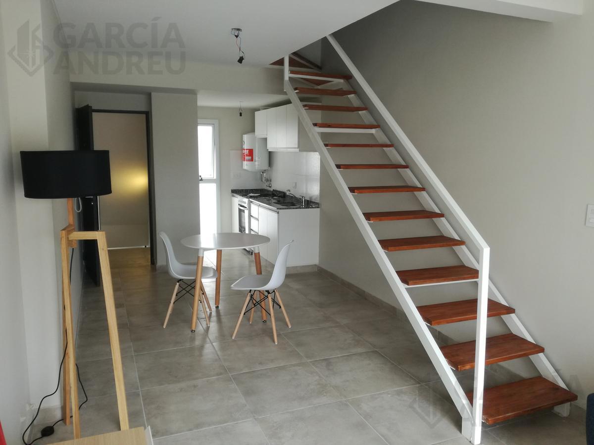 Foto Edificio en Macrocentro Urquiza 2800 número 8